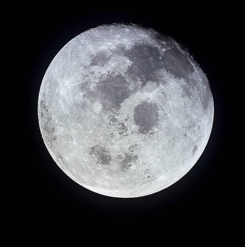 Fullmånen fotografert av mannskapet på Apollo 11, etter at de hadde vært på besøk. Foto: NASA, 1969