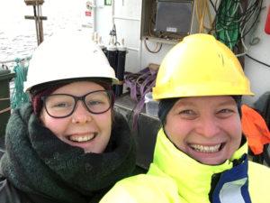 Christine og Anne Helene på tokt. Foto: AHS Tandberg